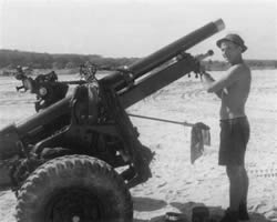 A Field Battery in Vietnam - Gunner Tiffy